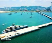Chính chủ cần bán căn hộ khách sạn mặt biển Hạ Long, tặng ngay 15 đêm nghỉ du lịch miễn phí