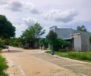 1 Gia đình chuyển về quê sinh sống bán 300m2 đất có sổ hồng, liền kề KCN Nhật-Hàn