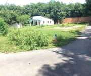 Bán đất MT đường nhựa xã Phú Hòa Đông,DT 210m2 giá 8,1 tr/m2.