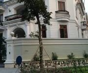 Cho thuê Biệt thự phố khu trung hòa nhân chính xây dựng 165m2 x 4 tầng nhà lô góc, kinh doanh đỉnh