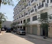 4 Bán nhà mặt chợ tiện kinh doanh Hà Huy Giáp Q12