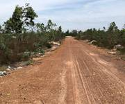 Cần sang nhượng 3000m2 đất biển  SHR  cách bãi tắm Hải Ninh 500m. Giá 900 triệu