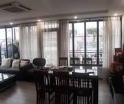 1 Cho thuê mặt phố Hàng Bài, 100m, 2 tầng, MT 11m, view cực đẹp,hiếm