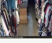 2 Cho thuê cửa hàng thời trang mặt phố Lê Lợi, Hà Đông, giá 13 triệu.