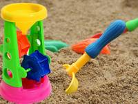 Chuyên cung cấp đồ chơi cát nước, hạt muồng muồng, khu vui chơi với cát