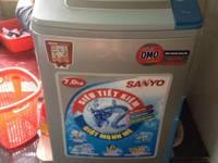 Cần bán máy giặt Sanyo 7kg