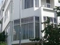 Nhà ngõ 165 phố Xuân Thủy-   phố Trần Quốc Vượng mới   DT 80m2 xây 5 tầng,...
