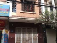Cho thuê nhà 3 tầng x 65 m2 ở ngõ 603 lạc long quân,oto đỗ cửa