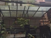 Cho thuê nhà ngõ 218 lạc long quân, 75 m2 x 4 tầng vừa ở và làm văn phòng