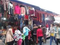 Cho thuê mặt bằng bán quần áo ở Phan văn trường diện tích 14 m2, 2 mặt tiền