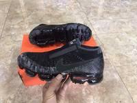 Cần bán đôi giày Nike  VAPORMAX FLYKNIT 677293 012