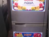 Cần bán 1 tủ lạnh còn dùng tốt