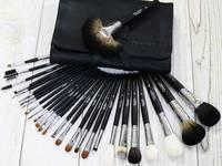 13 Bộ cọ trang điểm chuyên nghiệp đáng mua để makeup cô dâu
