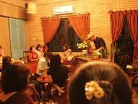 Cần sang quán cafe đẹp phong cách cổ điển tại Nguyễn Đình Chiểu, quận 3. Có chỗ để xe hơi...