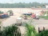 Cho thuê cầu Cảng, kho bãi... Nhận làm các dịch vụ Cảng: bốc xếp hàng hóa, vận tải