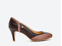 Giày nữ cao gót mũi V hiệu BONIA