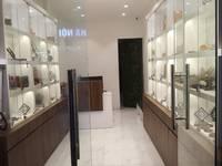 Sang nhượng cửa hàng phù hợp kinh doanh mỹ phẩm, nước hoa, đồng hồ, trang sức