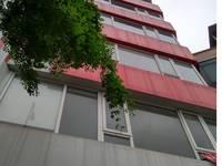 Cho thuê nhà mặt phố Hoàng cầu 45m2 x 5 tầng kinh doanh, café, vp