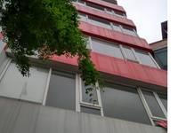 Cho thuê nhà mặt phố Hoàng cầu 45m2 x 6,5 tầng, view hoàng cầu làm café, hàng ăn