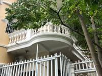 Cho thuê nhà đẹp, sân vườn đẹp, full nội thất, gần ngã tư Nguyễn Văn Cừ - Nguyễn Sơn