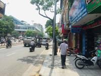 Cho thuê nhà mặt phố Lê Thanh Nghị 4,5 tầng, giá 22tr/tháng