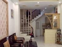 Cần bán nhà ở Tây Sơn Đống Đa Hà Nội, giá chào 2.4 tỷ.,