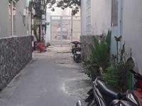 Cần bán nhà hẻm đường Nguyễn Sơn, Quận Tân Phú với DT 5.33m x 11.93m