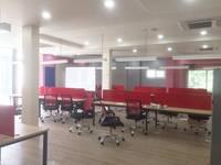 Văn phòng 200 m2 ngay CHỢ BÀ CHIỂU 14x14 trống suốt 4 wc riêng   50 tr  chưa...