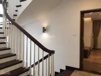 Cho thuê biệt thự Vinaconex 3 Trung Văn , Nam Từ Liêm . DT: 170m2   3,5 tầng ....