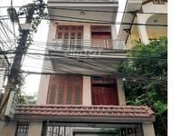 Cho thuê nhà 2 mặt đường lê văn lương 67m2 x 3 tầng kinh doanh hoặc spa, vp
