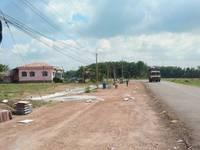 Người nhà gửi bán lô đất lấy tiền cho con trai cưới vợ,mặt tiền DT756 cách QL14 2km