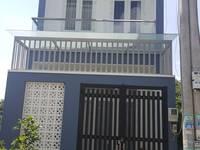 Bán nhà 1 trệt 2 lầu ngay đường ĐT 746 Tân Uyên