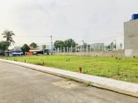 Cần bán lô đất ngay mặt tiền đường Bàu Gốc - Bình Chánh, giá 2,6 tỷ
