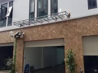 Chính chủ cho thuê nhà nguyên căn 5 tầng mới xây có thang máy, để ở và kết hợp kinh...