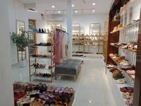 Cho thuê mặt bằng kinh doanh tại phố HÀNG NGANG, HOÀN KIẾM Dt 120m2 mt 5m2 giá 135tr