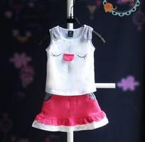 7 Quần áo và phụ kiện đò chơ trẻ em
