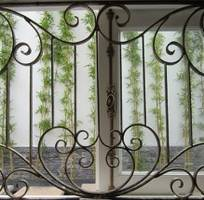 2 Cửa sổ sắt đẹp, cửa sổ bảo vệ, cửa sổ sắt mỹ thuật