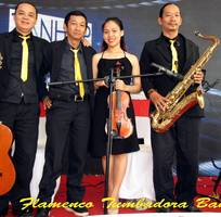 Ban nhạc Flamenco TUMBADORA BAND vui nhộn cho Tour du lịch của quý vị
