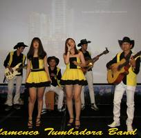 2 Ban nhạc Flamenco TUMBADORA BAND vui nhộn cho Tour du lịch của quý vị