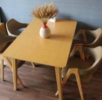 5 Bàn ghế gỗ gia đình giá tốt