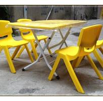 4 Bàn ghế nhựa Việt Nam