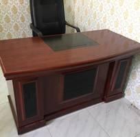 New:Thanh lý Bàn ghế văn phòng giá rẻ: Bàn học,Bàn GĐ,Ghế xoay, Tủ sắt,Bàn họp to,Ghế quỳ,Ghế gấp.