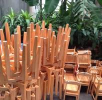 2 Bàn gỗ 600k ghế gỗ 250k