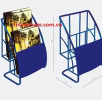 2 Sản xuất kệ sắt số lượng lớn - Kệ sắt trưng bày sản phẩm