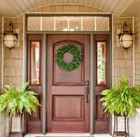 1 Phú Hưng JSC chuyên thiết kế thi công các loại cửa: cửa chính, cửa thông phòng bắng gỗ tự nhiên