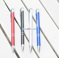 2 Chuyên cung cấp bút kim loại khắc theo yêu cầu.