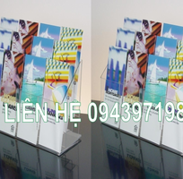 3 Kệ để sách mica treo tường bán tại TP.Hồ Chí Minh