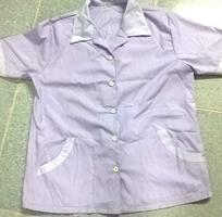 5 Bộ tạp vụ nữ hàng công ty may sẵn áo kate quần thun gân đen giá chỉ 175K/bộ.