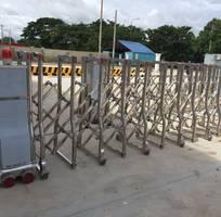 5 Thi công lắp đặt hoàn thiện cửa cổng , cổng xếp công ty , khu công nghiệp đồng nai