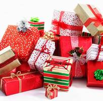 2 Dịch vụ gửi cây thông noel,quà lưu niệm,quần áo noel đi Úc,Mỹ,Canada an toàn